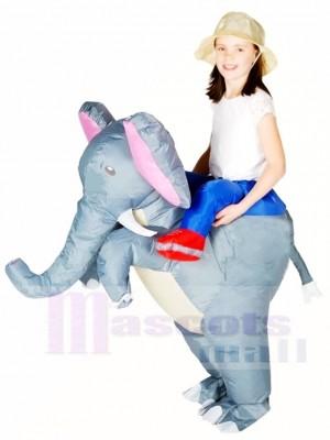 Grauer Elefant tragen mich auf aufblasbare Halloween Weihnachts kostüme für Kinder