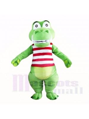 Grün Süß Krokodil mit Rot und Weiß Shirt Maskottchen Kostüme Cartoon