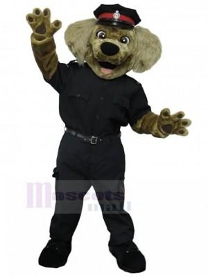Lächelnder brauner Polizist Hund Maskottchen Kostüm in schwarzer Uniform Tier