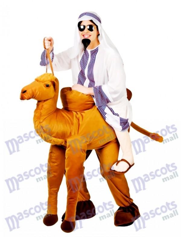 Kamel tragen mich Maskottchen-Kostüm-Fahrt ein Kamel-Abendkleid